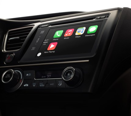 Apple_CarPlay_1