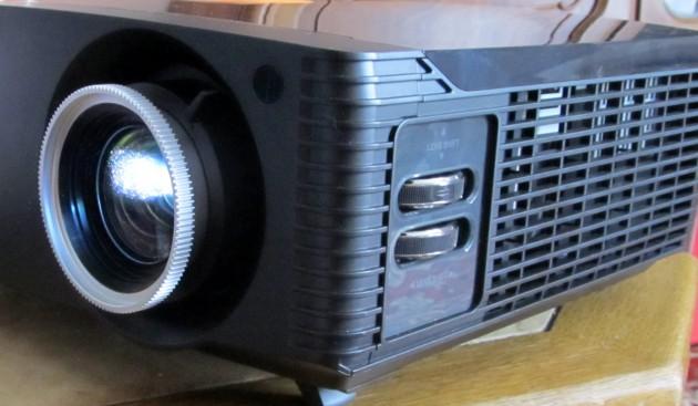 Acer_P7505_Lensshift