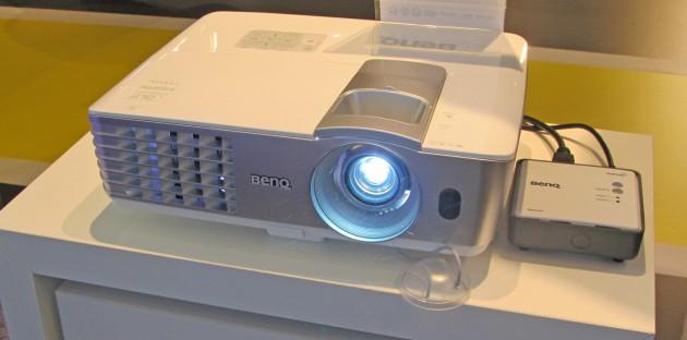 BenQ-W1070plusW-1