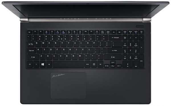 Acer_Aspire_V15_Nitro_Black_Edition_4K_2