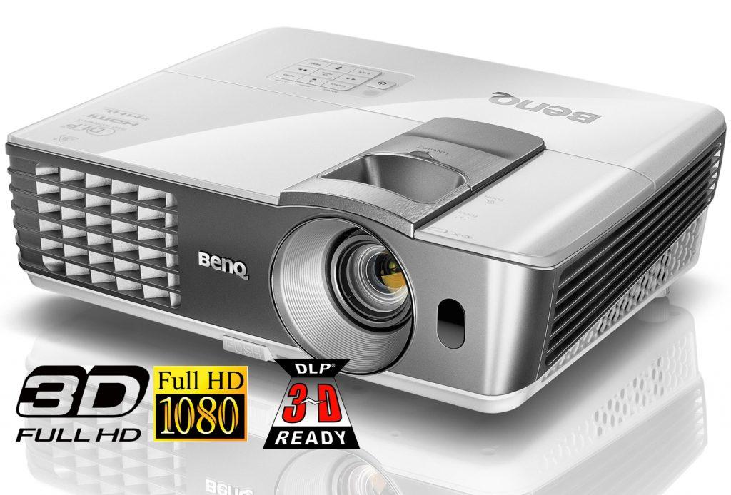 Test: BenQ W1070+ Beamer mit Lens-Shift, 2200 Ansi-Lumen und FullHD-Auflösung