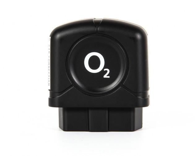 Ein kleiner Kasten für große Kisten: Der OBD-II-Dongle vom o2 Car Connection Kit.