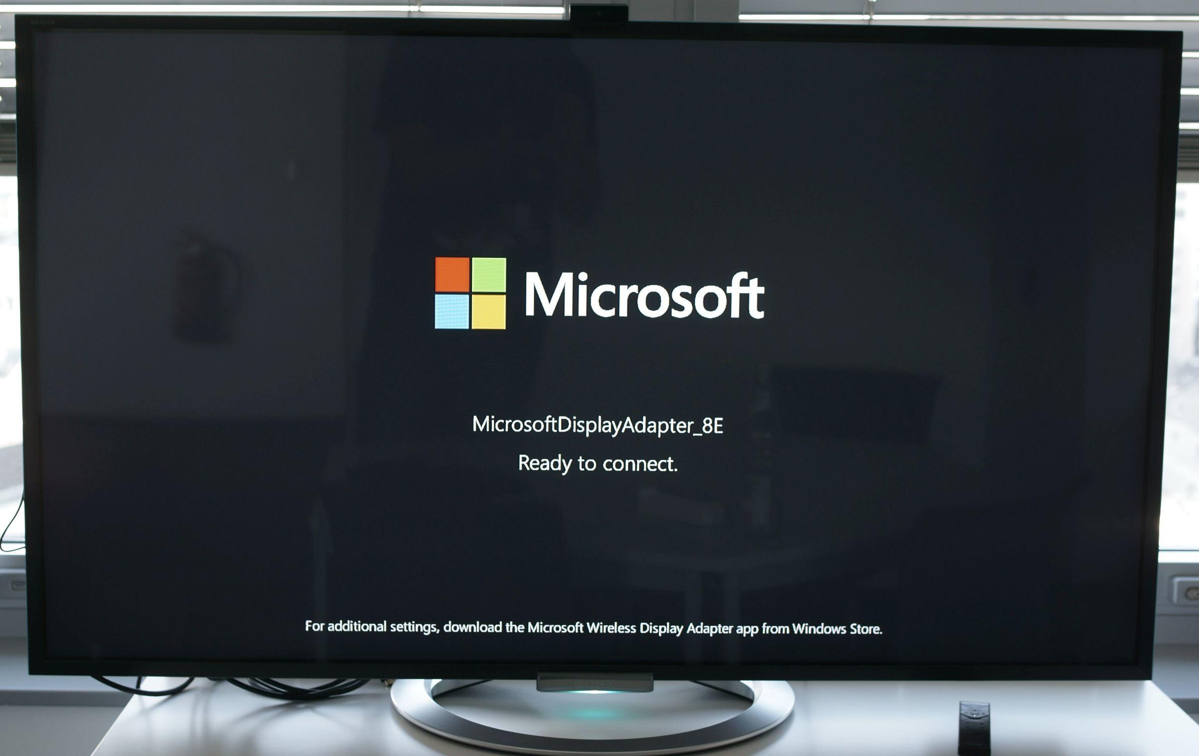 Grundig Fernseher Mit Laptop Verbinden : Test und gewinnspiel: microsoft wireless display adapter