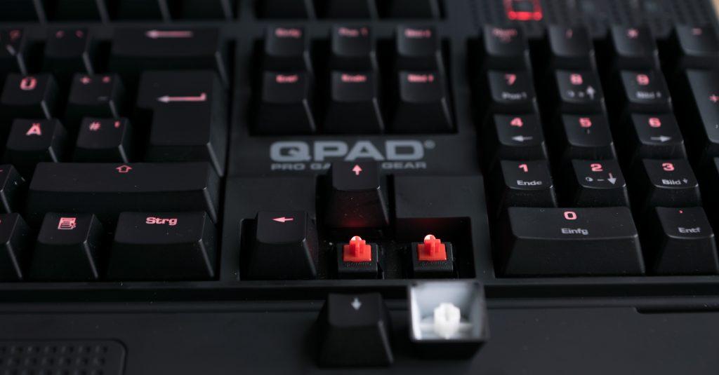 QPAD MK-85 Pro Gaming Keyboard und 8K Pro Gaming Laser Mouse im Test (inkl. Gewinnspiel)