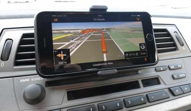 Smartphone Navigation Navigon iPhone 6