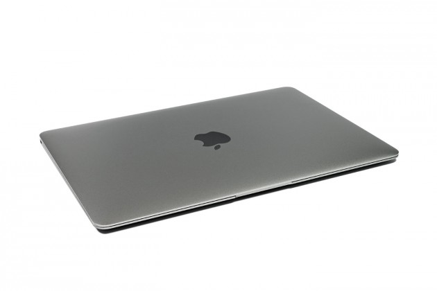 MacBook Spacegrea oben
