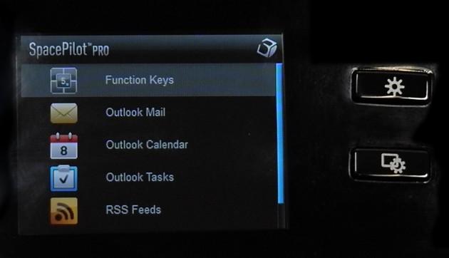 Schick, aber mit begrenztem Nutzwert: Das Display des Space Pilot Pro.