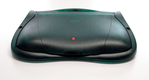 Apple eMate 300 Vorne Geschlossen
