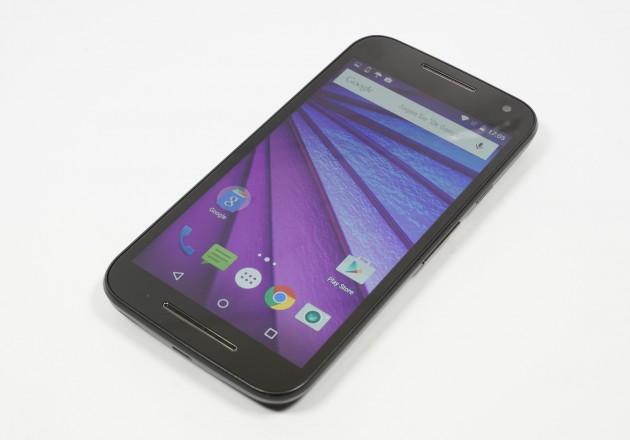 Motorola Moto G3 Seitenansicht schraeg