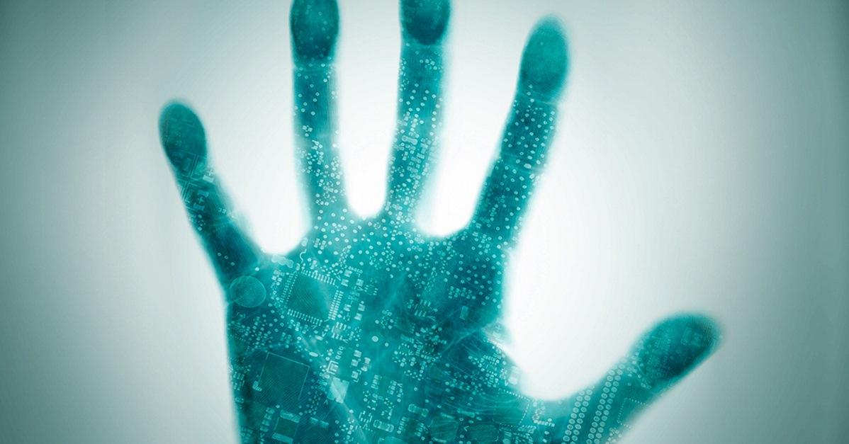 IFA 2015: Kaspersky geht unter die Haut. Implantierter Chip vernetzt Menschen.