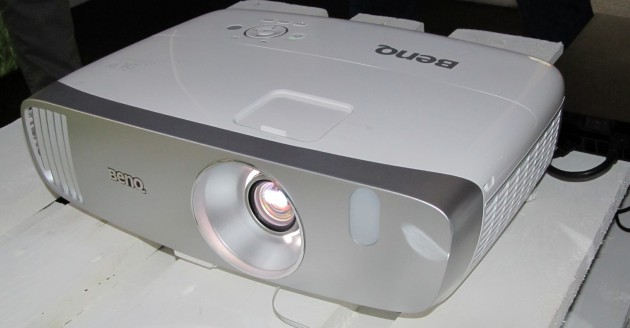 BenQ-W1110-1