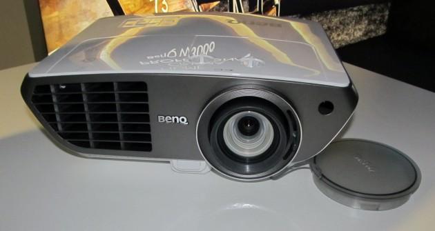 BenQ-W3000-1