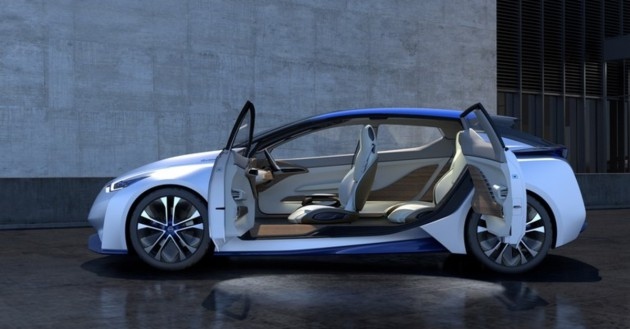 nissan-driverless-car-12