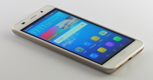 Huawei Y6 1200px