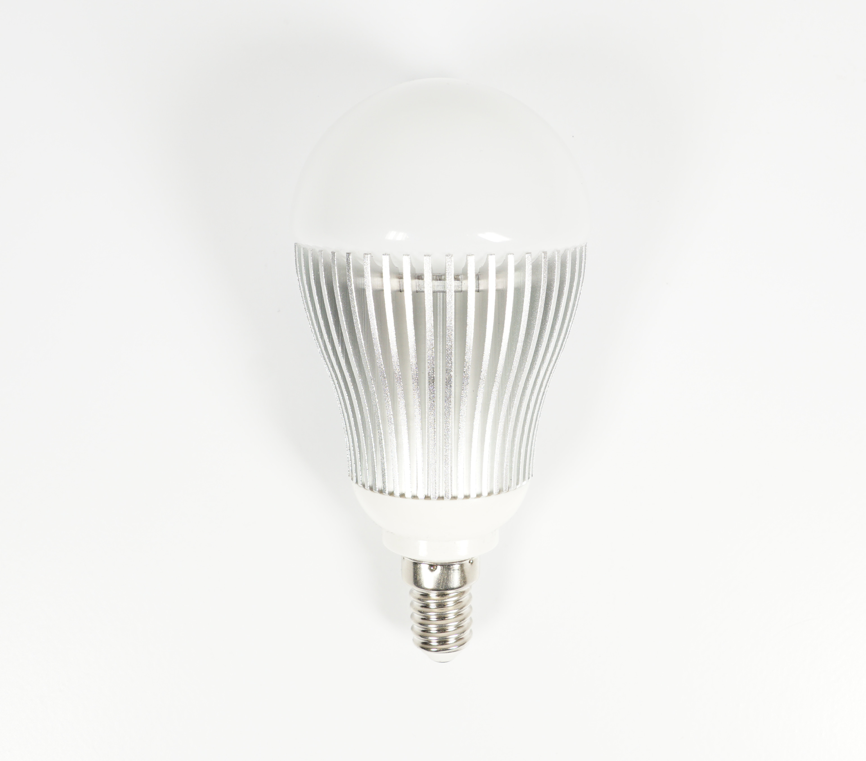 test technaxx led rgb bulb fernbedienbare farbige led. Black Bedroom Furniture Sets. Home Design Ideas