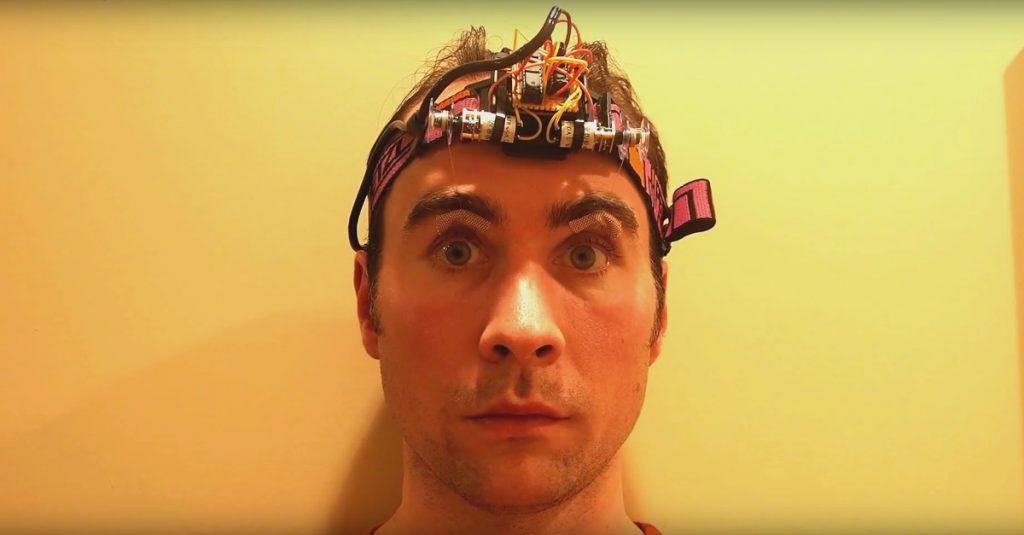 Arduino-gesteuerte Augenbrauen: Da machste mal`n Gesicht