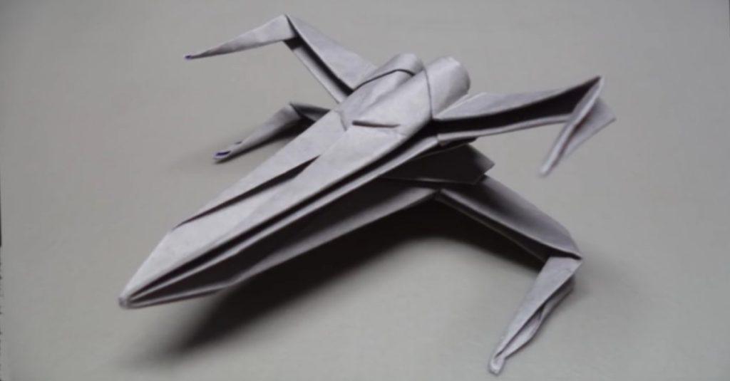 Do it yourself: Star Wars X-Wing Fighter aus Papier falten