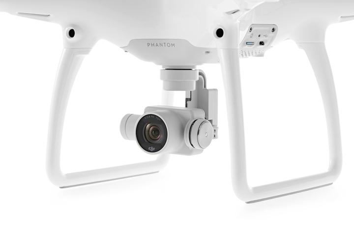 DJI Phantom 4 Quadcopter mit einer Vielzahl neuer Funktionen offiziell vorgestellt
