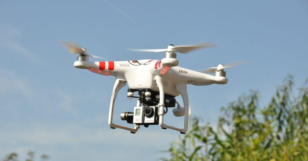 Rechtliche Bestimmungen zum Betrieb von Kamera-Multicoptern in Deutschland