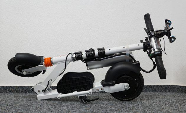 AirWheel Elektro-Scooter Z3 Zusammengeklappt