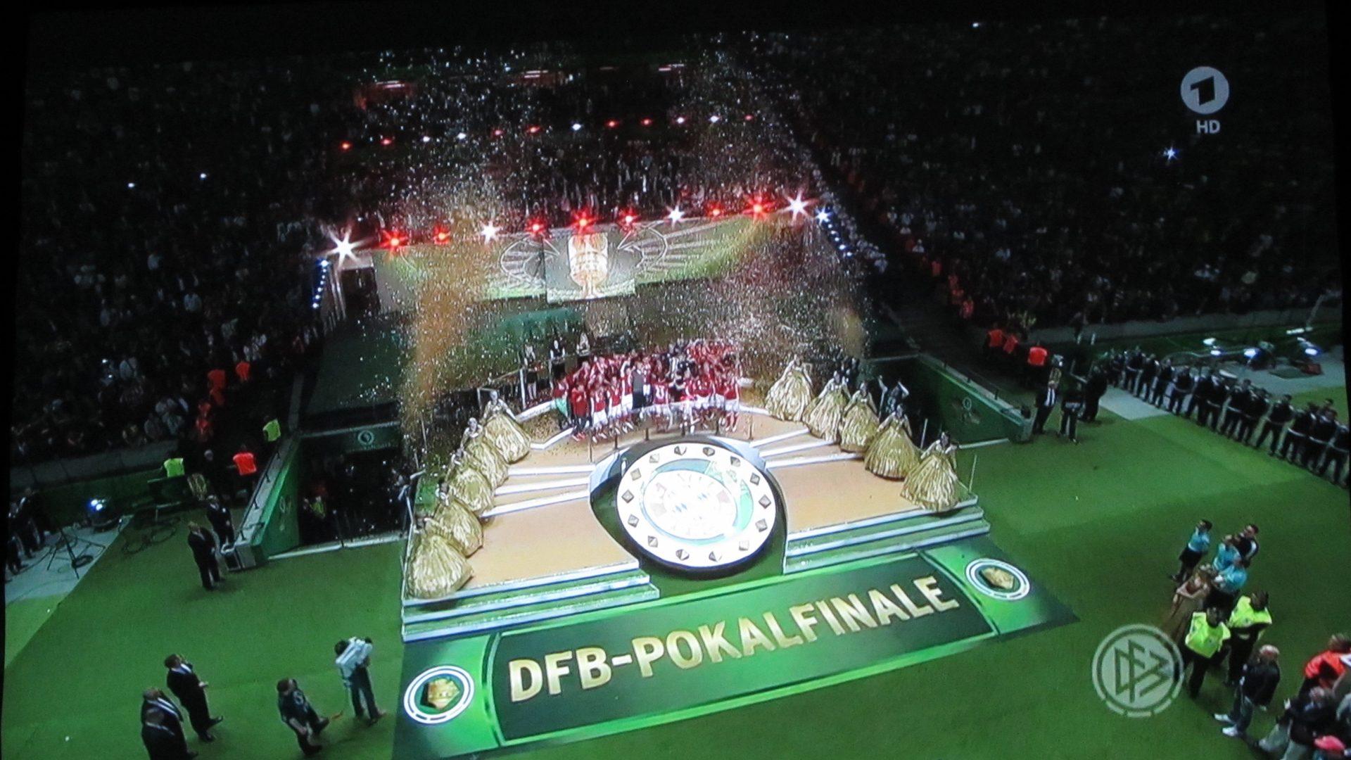 BenQ- W1110S – DFB Finale Siegerehrung (~23:00h)