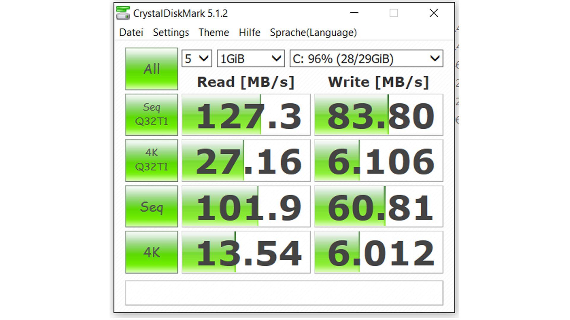 MEDION®-AKOYA®-E8201T-(MD-99751)—Benchmark-Crystal-Disk-Mark