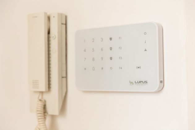 Smart Home Alarmsystem Zentrale