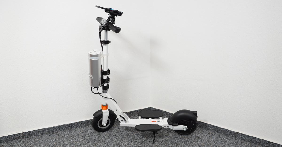 test airwheel elektro scooter z3 elektro roller mit. Black Bedroom Furniture Sets. Home Design Ideas