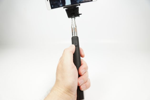 Test Koenig KN-CMP30 Selfie-Stick Ausloeser