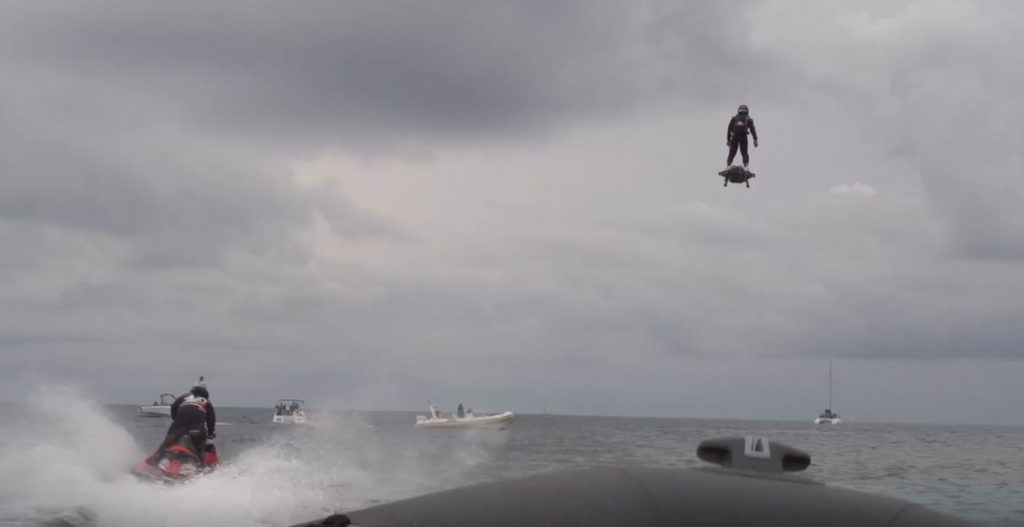 2252 Meter Flug: Jet-Hoverboard bricht Weltrekord