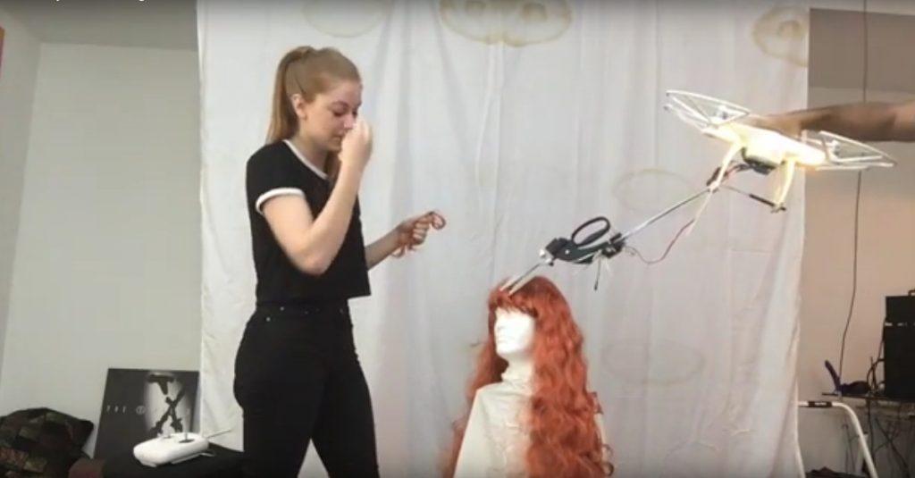 Haare schneiden mit dem Multicopter