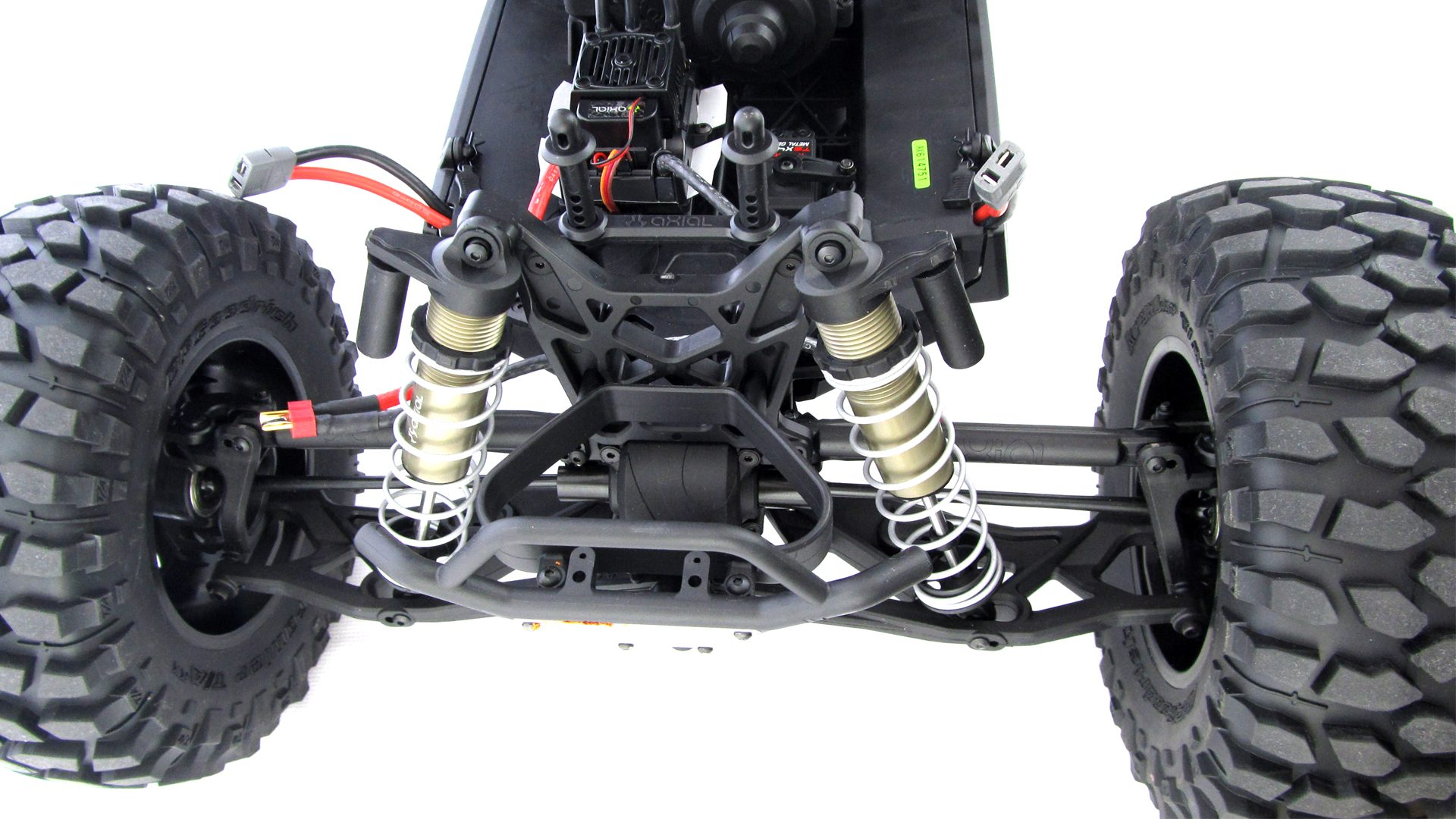 Yeti-Reifen-Motor-Aufhaengung_9