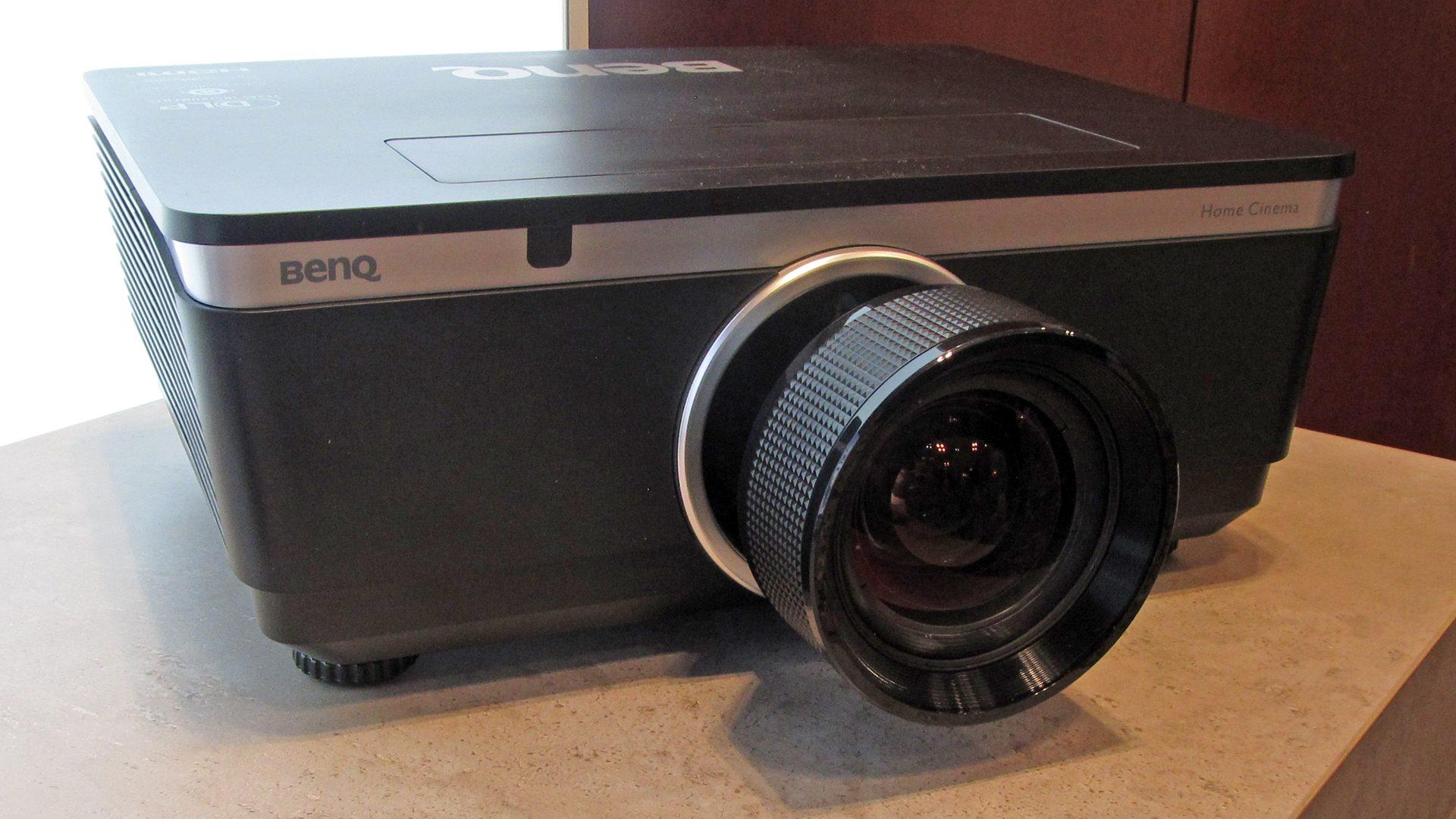 BenQ-W8000-Ansichten_2