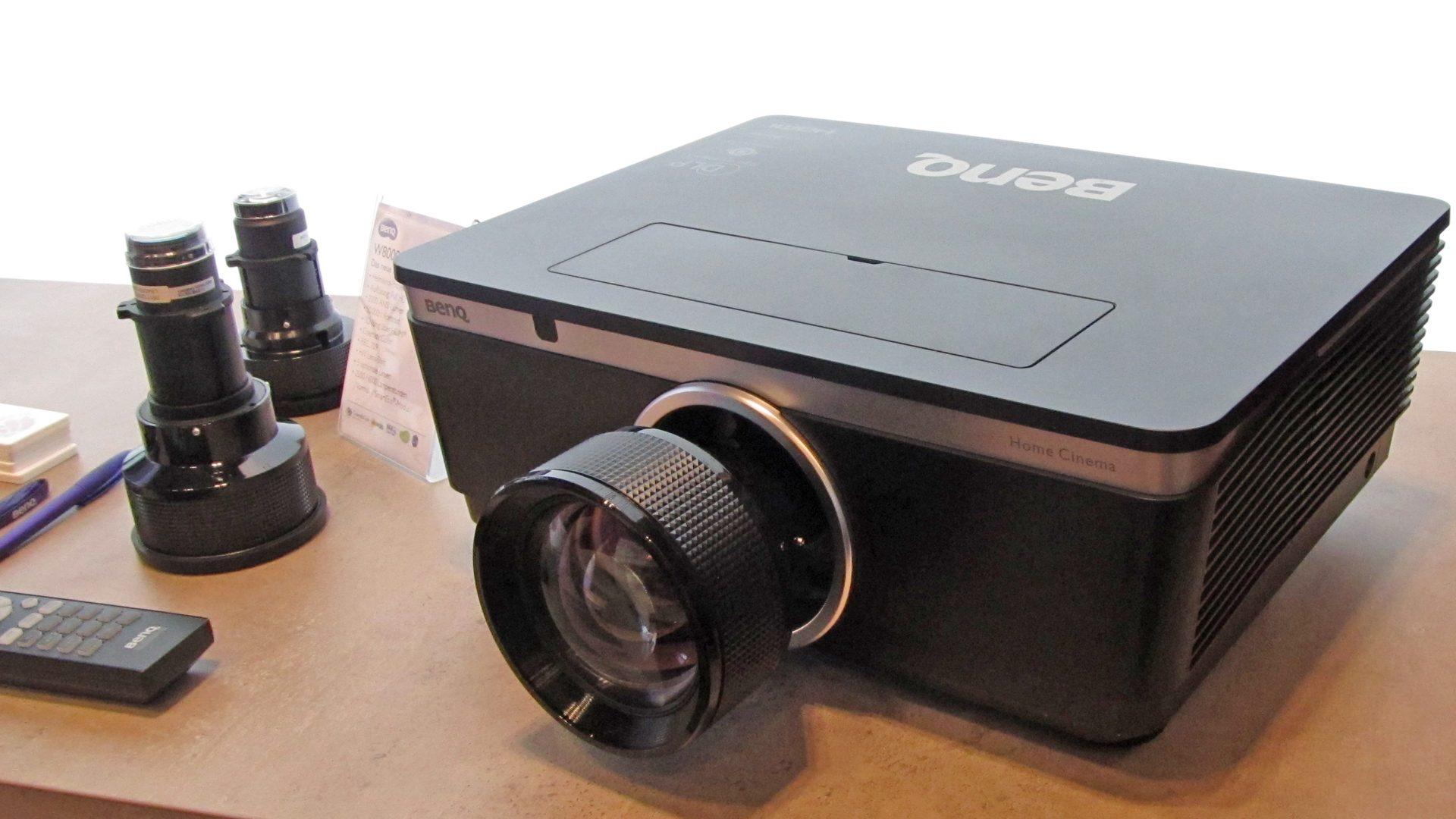 BenQ-W8000-Ansichten_4