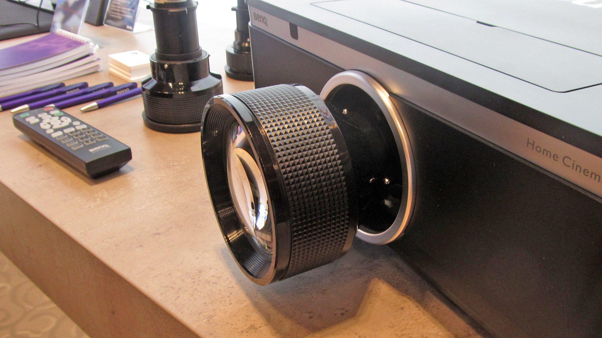 BenQ-W8000-Objetive-1