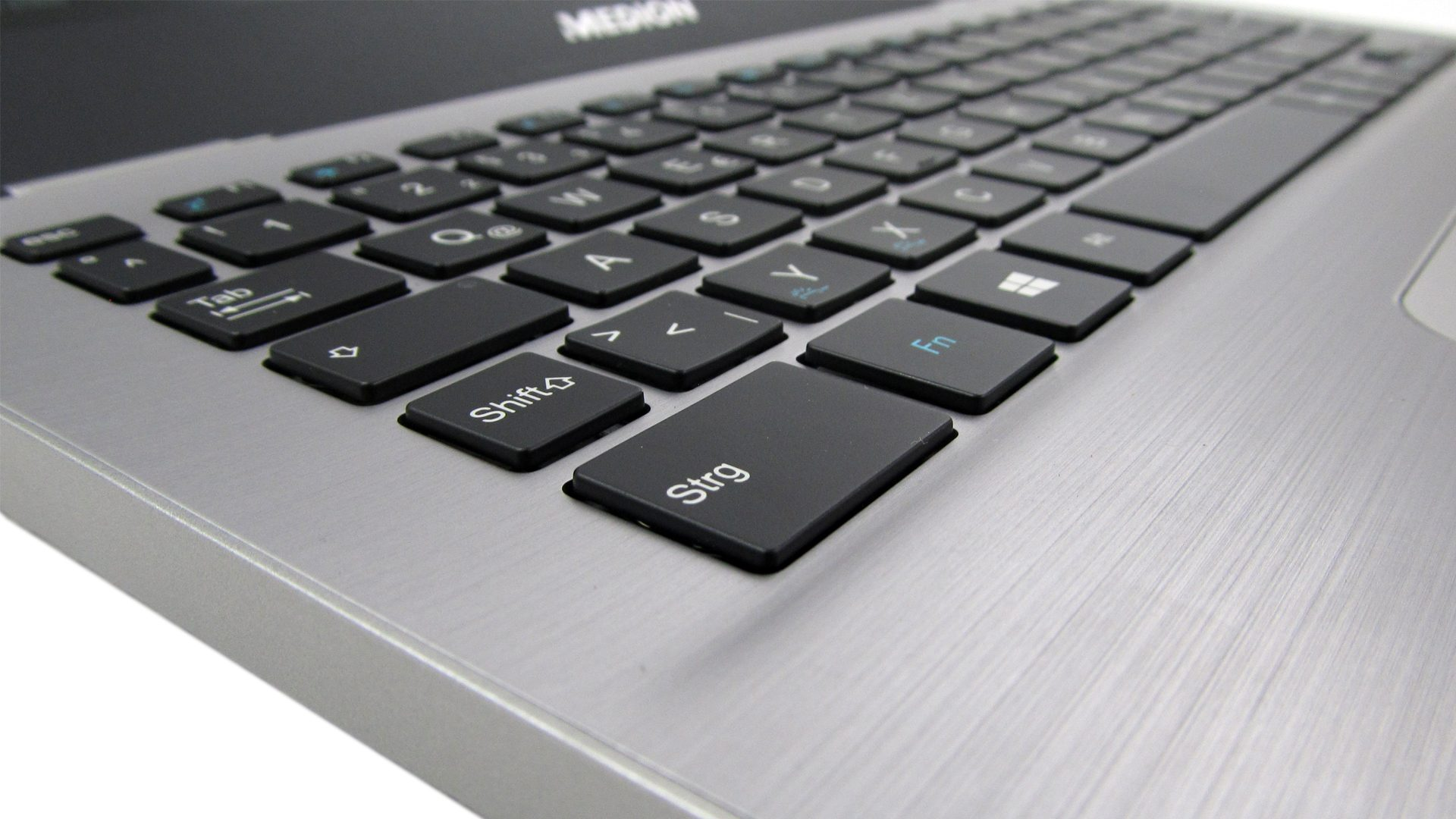 Medion_Akoya_S3409_Tastatur-1