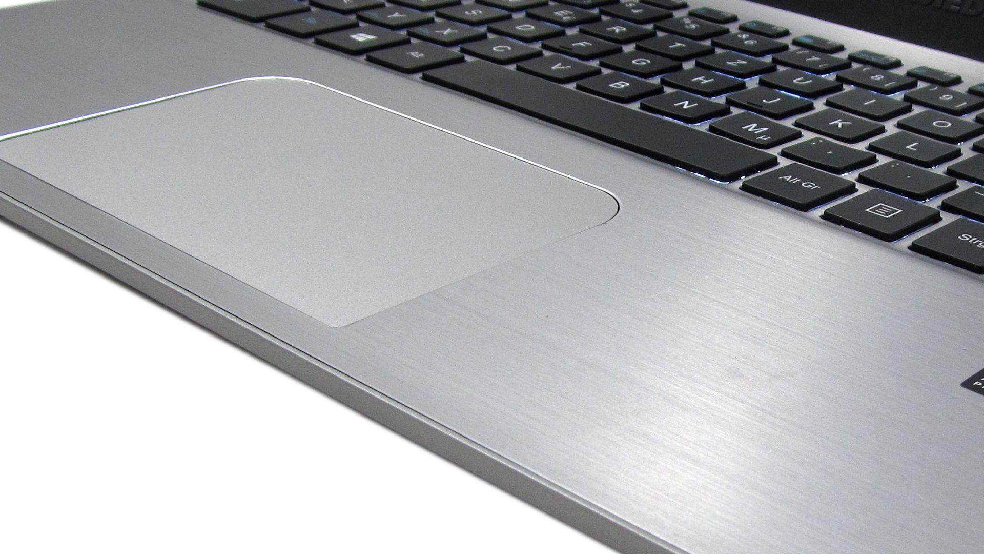 Medion_Akoya_S3409_Tastatur-4