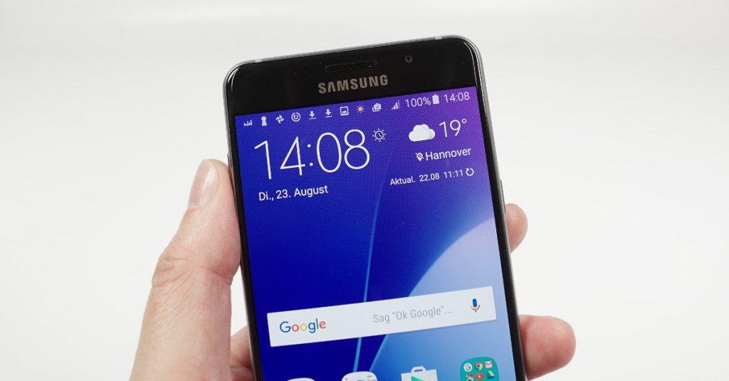 Test Samsung Galaxy A5 2016: Mittelklasse-Smartphone mit AMOLED-Display