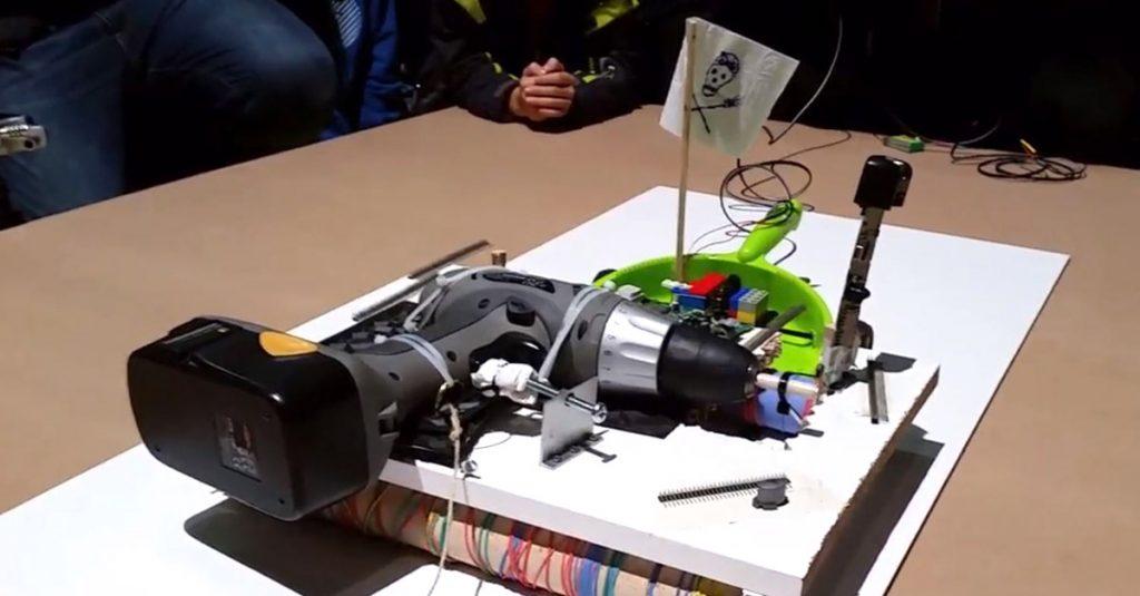 Roboter der Woche: Oktopus, Sashimi-Meister und japanische Trash-Sumo-Meister