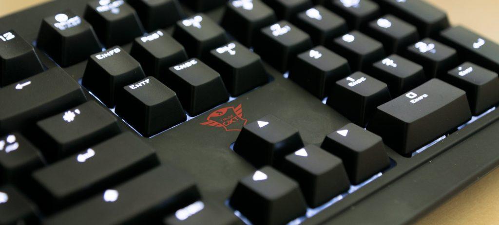 Trust GXT 880 mechanische Tastatur
