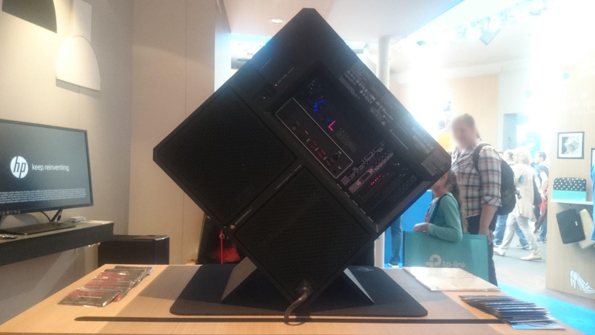 HP-OMEN-X-900-Ansichten_4