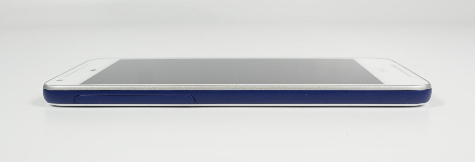 Test HTC Desire 628 Dual SIM: Mittelklasse-Smartphone mit ...