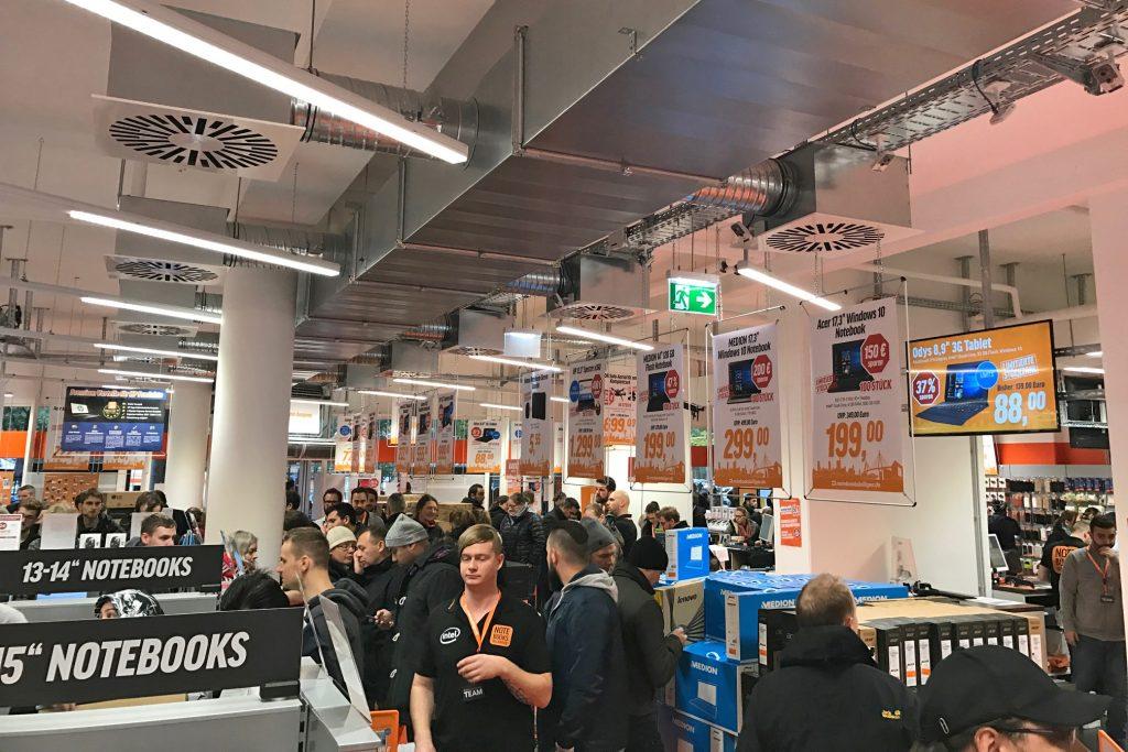 Erste Eindrücke vom großen Store-Opening in Hamburg