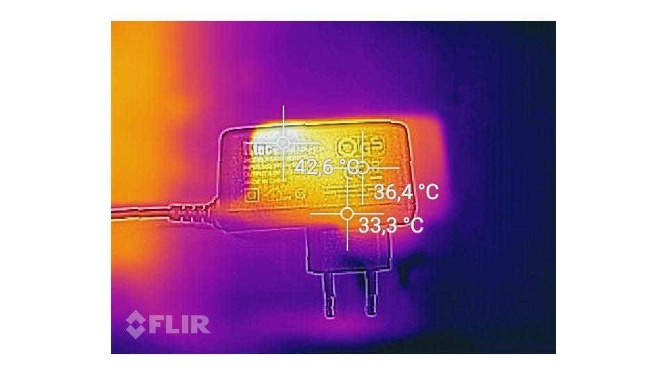 Hitzemessung am Ladeadapter