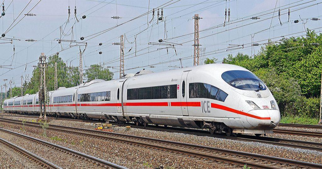 Die Bahn will Handyempfang und WLAN in den Zügen verbessern
