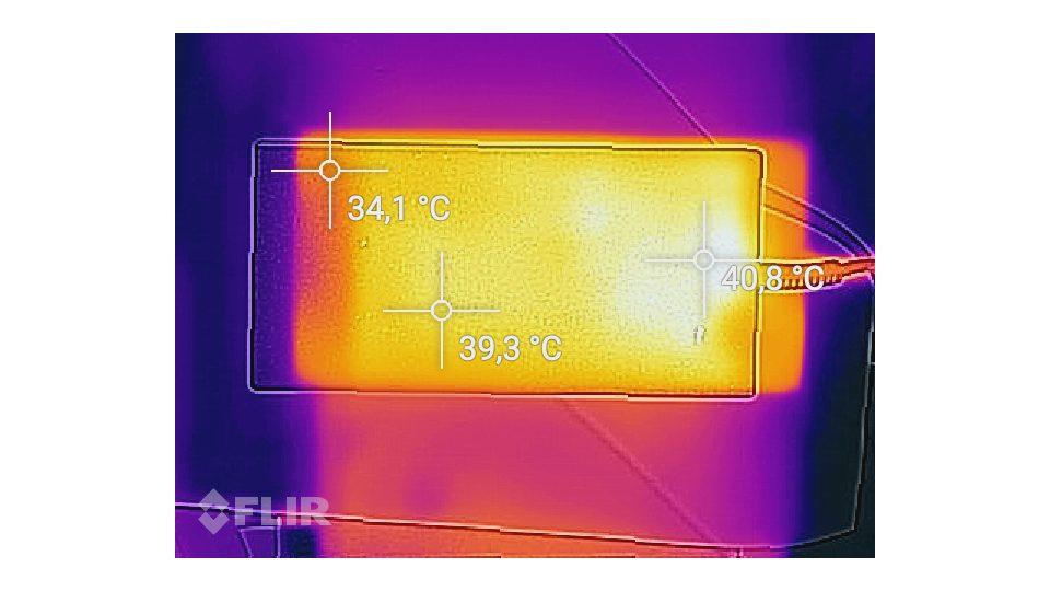 SCHENKER-XMG-P507-VE-gsh-Hitze_5