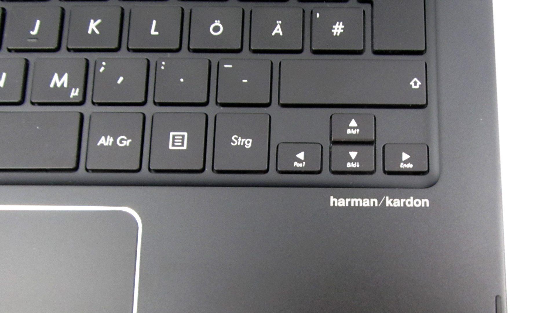 Asus-UX360UAK-BB284T-Zenbook—Tastatur-4