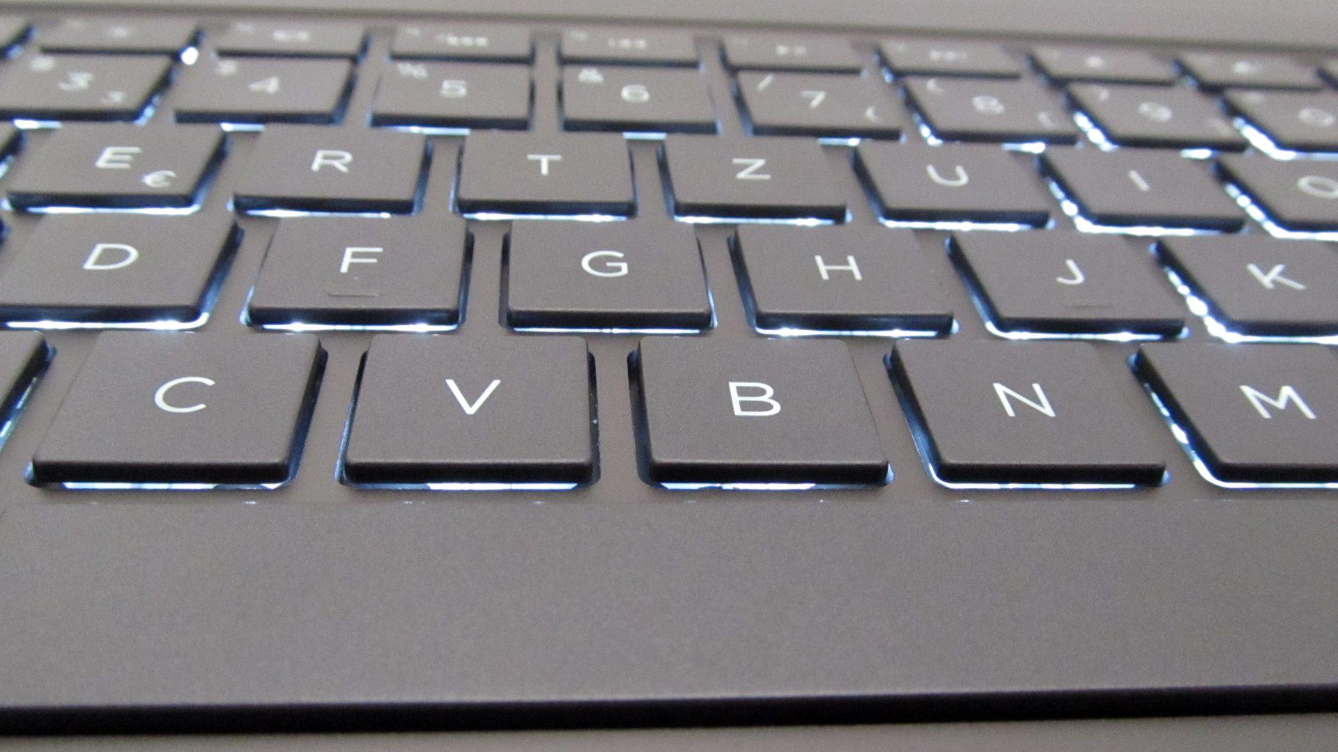 HP_Spectre_OLED-Tastatur_3