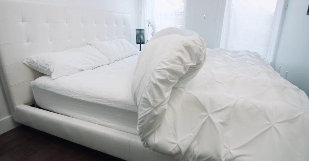 Smartduvet: Nie wieder Bettenmachen dank smarter Bettdecke