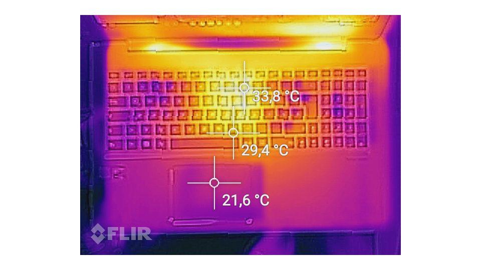 ASUS UX510UW-CN058T Hitze_1